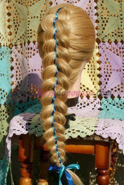 Коса из трех прядей с двумя лентами   прически   Постила