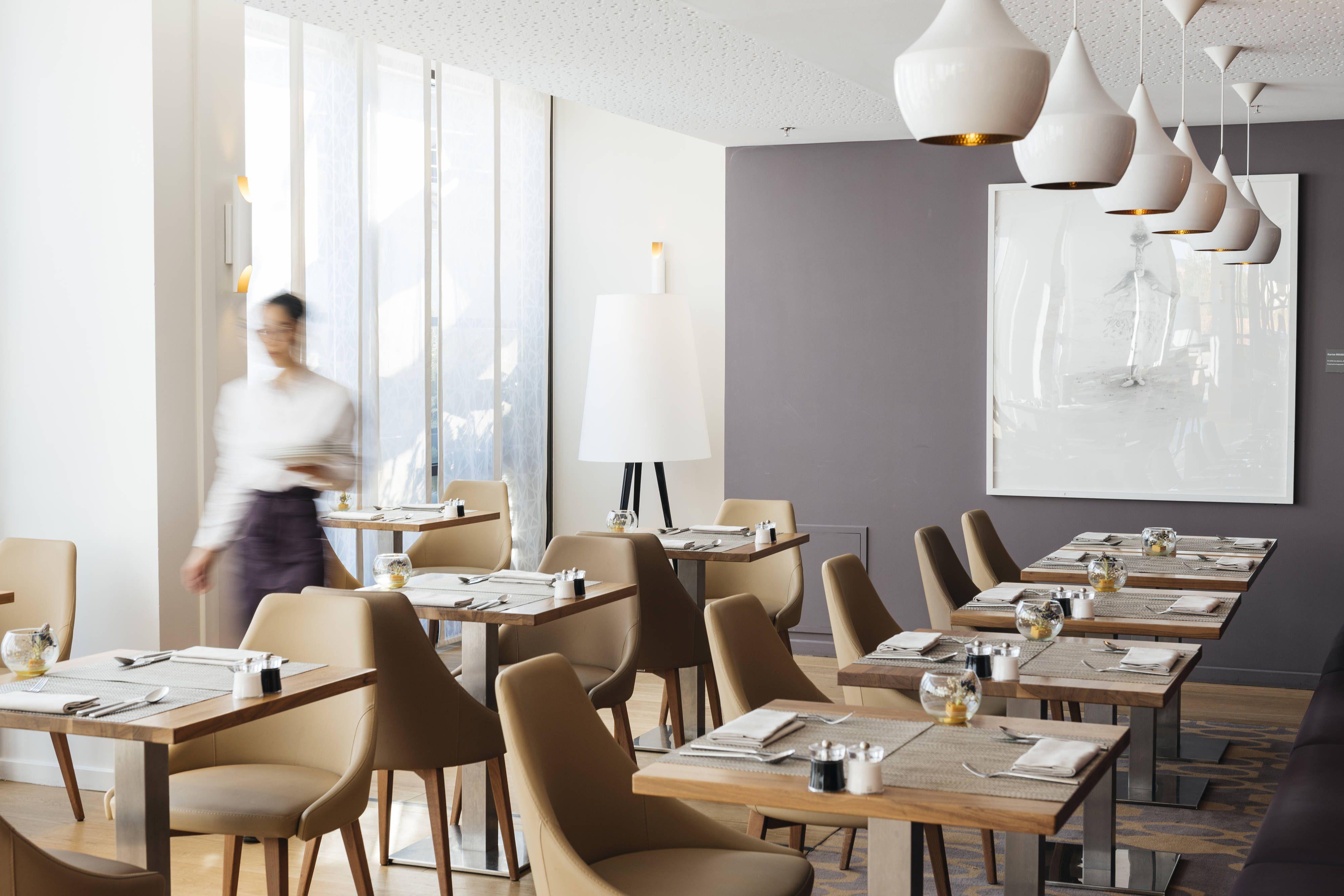 Renaissance Aix En Provence Hotel Le Comptoir Du Clos Restaurant #Holiday, #