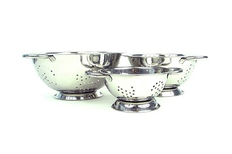 $20 for a Set of 3 Stainless Steel Colanders - Shipping Included ($39.99 Value)