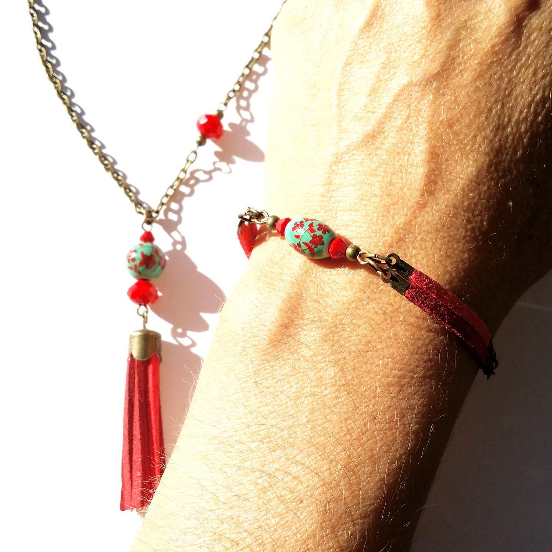 "Now available in my shop... maintenant en boutique... Bracelet ""Madame Butterfly"" - 11€. Copyright Sergent Mémère Créations ( c ), reproduction interdite, même partielle, merci ! ☺  #sergentmemere #sergentmemerecréations #bijoufaitmain #homemadejewelry #handmadejewelry #madeinfrance #pieceunique #ooak #ooakjewelry #bronze #menthe #mint #aqua #jade #vert #green #rouge #red #fleursdecerisier #cherryblossom #sakura #fleurs #flowers #fan #asian #asiatique #japanese #japan"