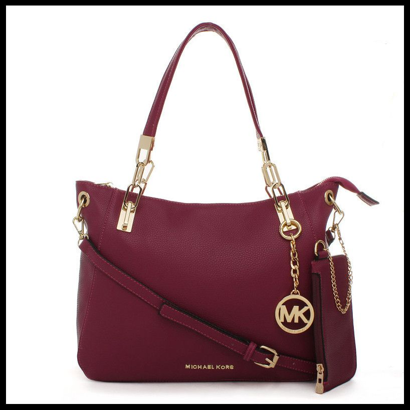 bab3c2e6416 Michael Kors Fall 2015 Ready-to-Wear - Collection #Michael #Kors #Handbags