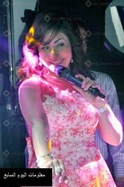 بالصور المطربة بوسي تحتفل بشم النسيم بحضور صافيناز والراقصة شمس Style Blog Fashion