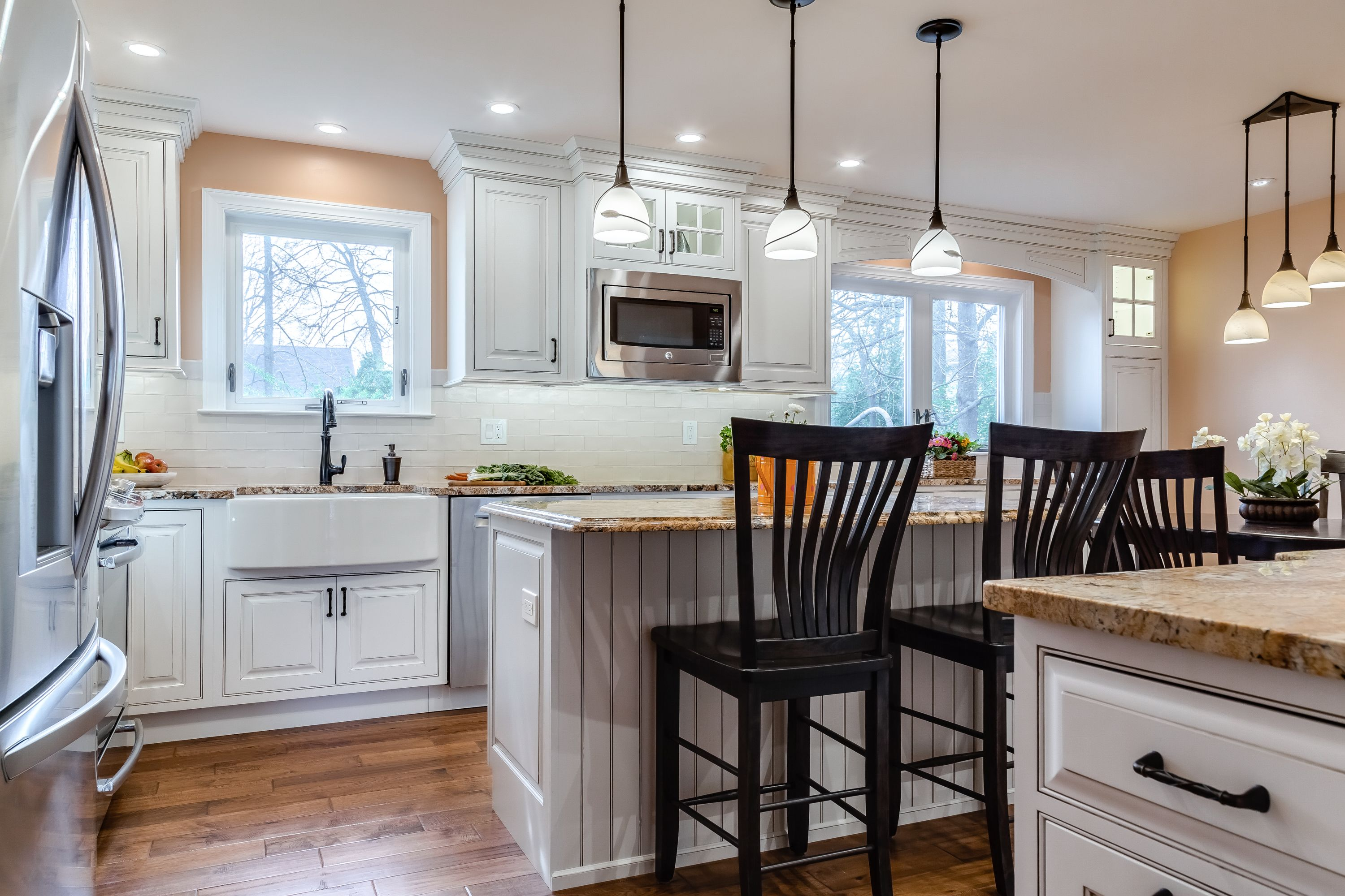 A Kitchen Remodel In Warminster Pennsylvania Was Designed With The Laorest Door Style In Maple Fin Kitchen Cabinets Decor Small Bathroom Decor Custom Kitchens