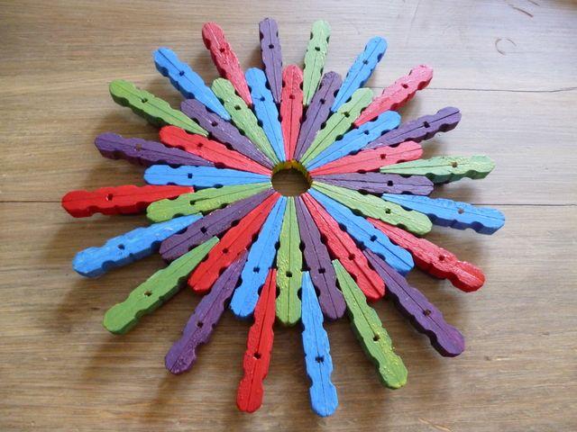 Cr ations avec des pinces linge c 39 est poustouflant for Guirlande porte photo avec pinces linge