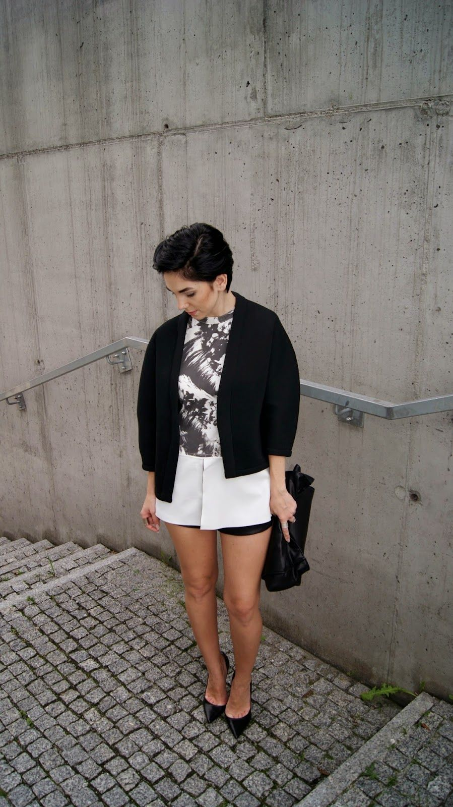 jacket: http://www.frontrowshop.com/product/coat-in-kimono-style-1?ceid=1698 blouse: http://www.choies.com/product/black-texture-print-blouse-with-white-peplum_p24207?cid=2759jesspai visit me to see more: http://mesmerize87.blogspot.com/2014/09/texture-print-blouse-with-peplum.html