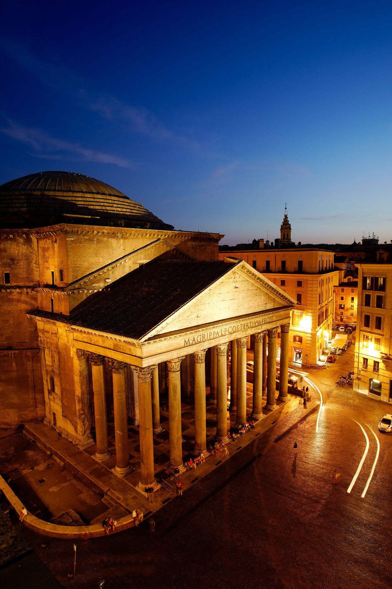Pantheon, Roma: https://www.facebook.com/GUCCI