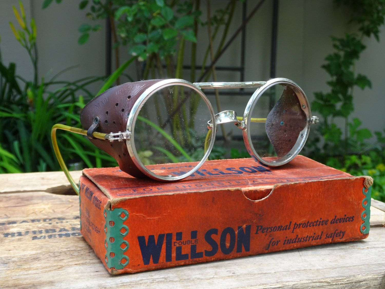 d8bd919025f Vintage Willson Safety Glasses B119 Leather Shields Clear Lenses Steampunk~ Vintage Motorcycle~1960 s Vintage Safety Glasses~Hipster Glasses by  SimplyAgain ...