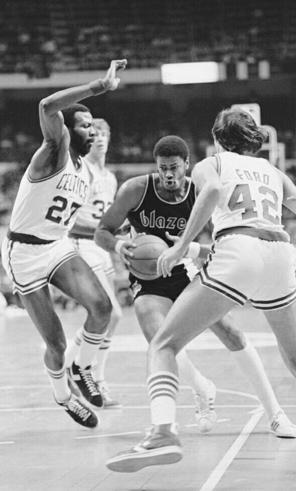 Marvin Barnes Maurice Lucas And Chris Ford Hoops High