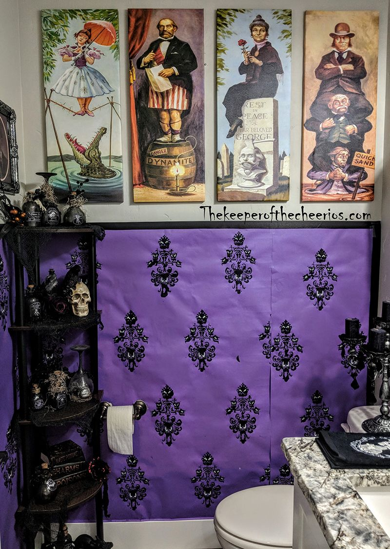 Halloween Haunted Mansion Bathroom With Images Mansion