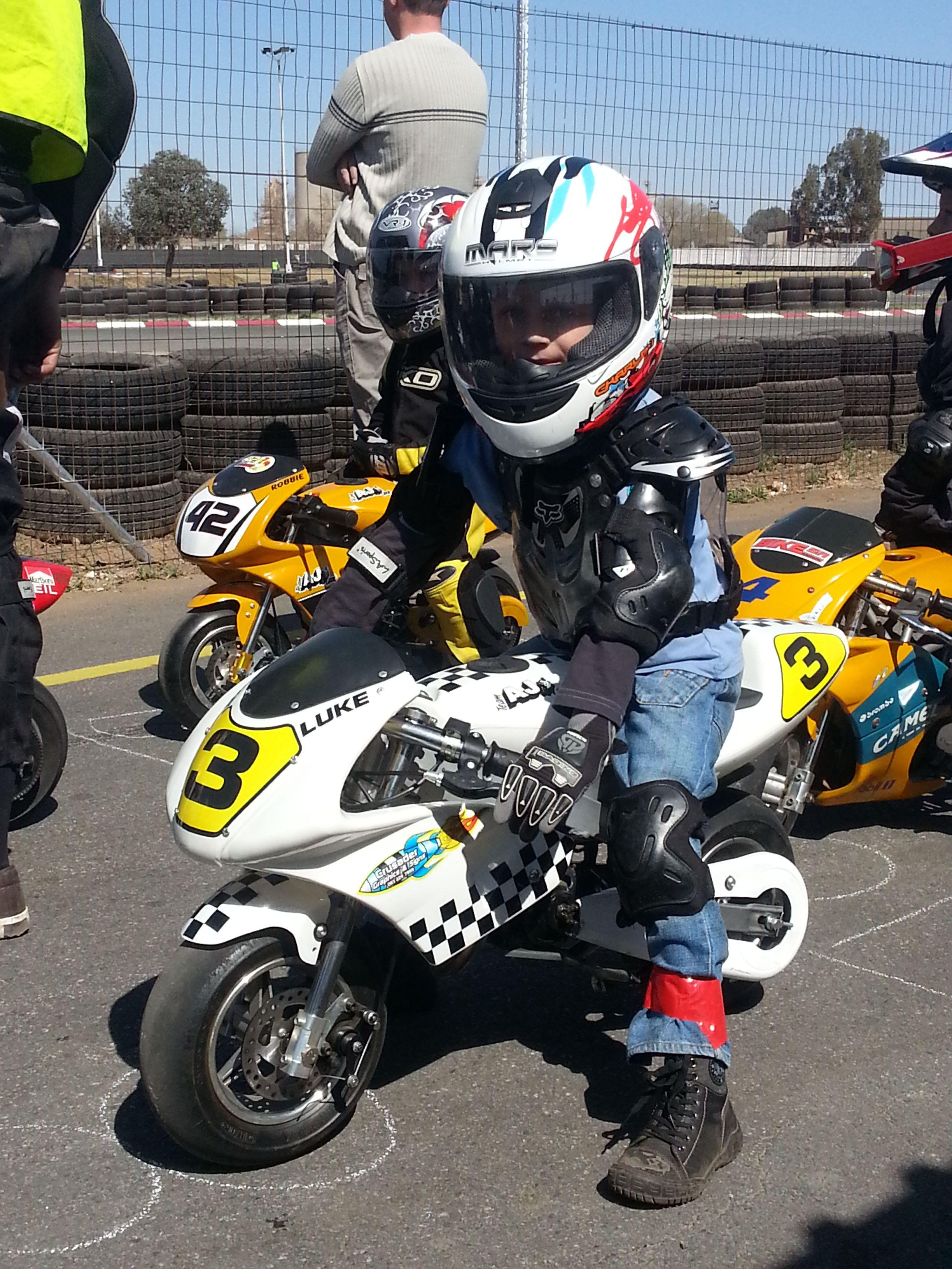 Pocket bike racing, early days | Kid & Bike | Pinterest | Atv ...
