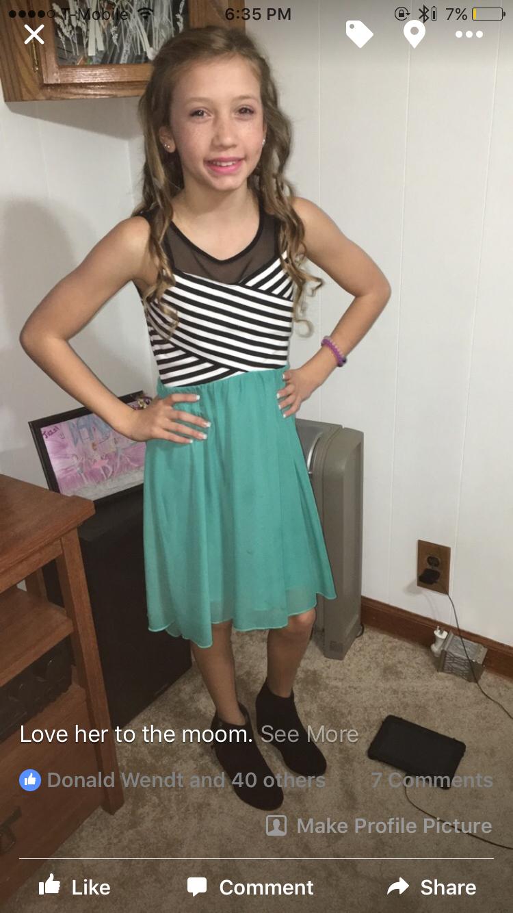 Outfit for school dances