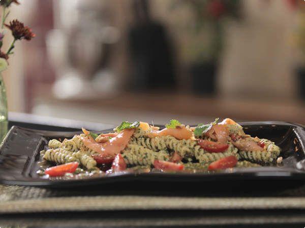 Salada de Fusilli ao Pesto de Hortelã ♥