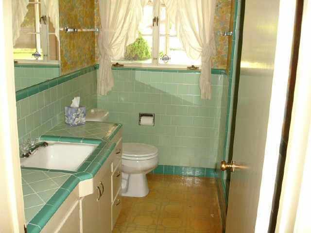 if your bathroom looks like this there is hope check out the best bath - Midcentury Bathroom 2015