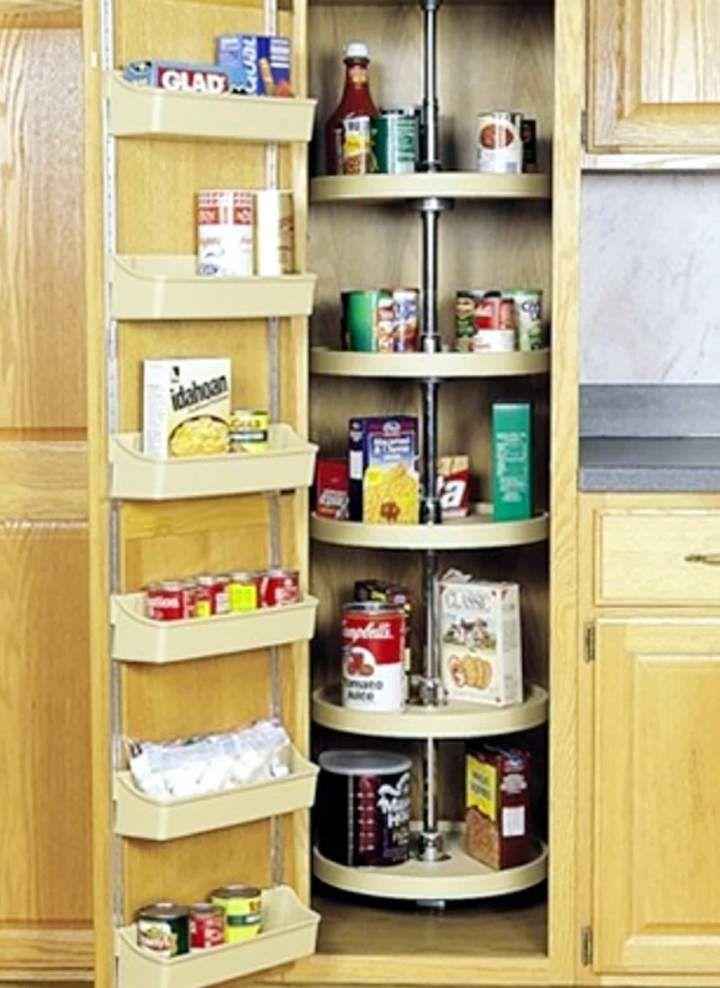 Kleine Küchendesigns mit Inseln Mit Versteckte Küche | Kleine ...