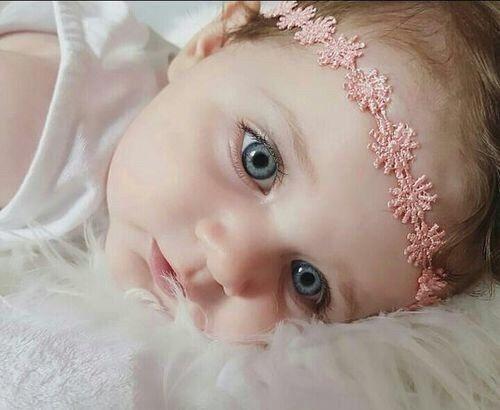 اجمل الصور اطفال صور اطفال جميله احلى الصور للاطفال الصغار 2020 Zina Blog Cute Little Baby Baby Eyes Baby Girl Images