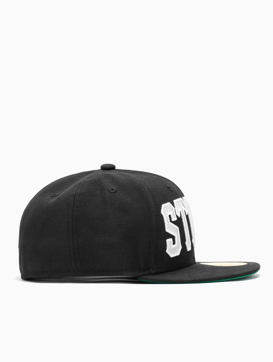 Home team cap from F/W2014-15 New Era x Stussy collection in black