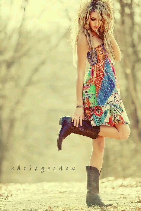 Long dress poses de mujeres