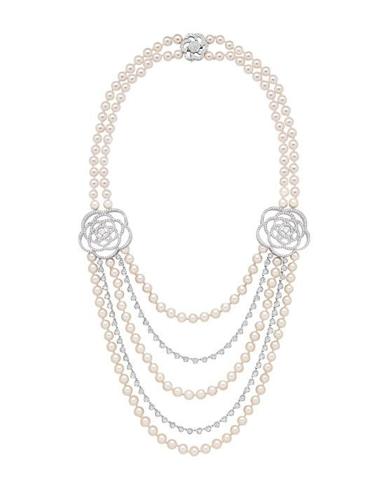 Chanel Joaillerie  Camélia sautoir necklace in 18k white gold, cultured pearls and diamonds