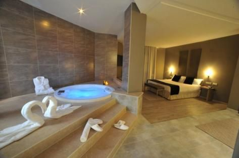 Find Hotel Rooms With Jacuzzi