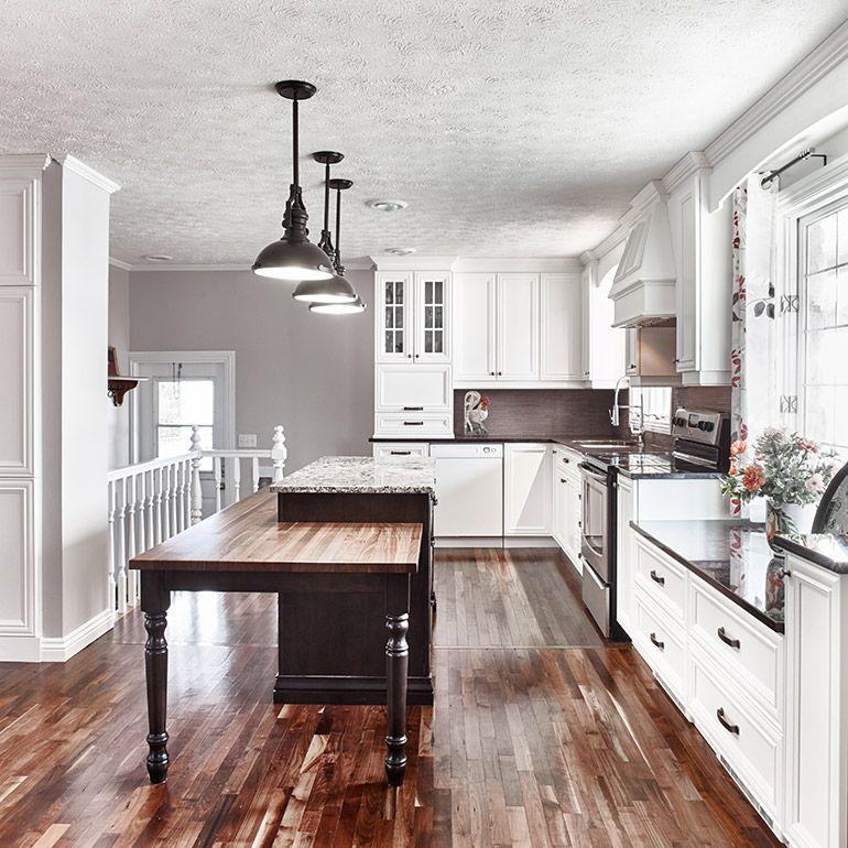 Cuisine style classique avec armoire de bois massif | Cuisine ...