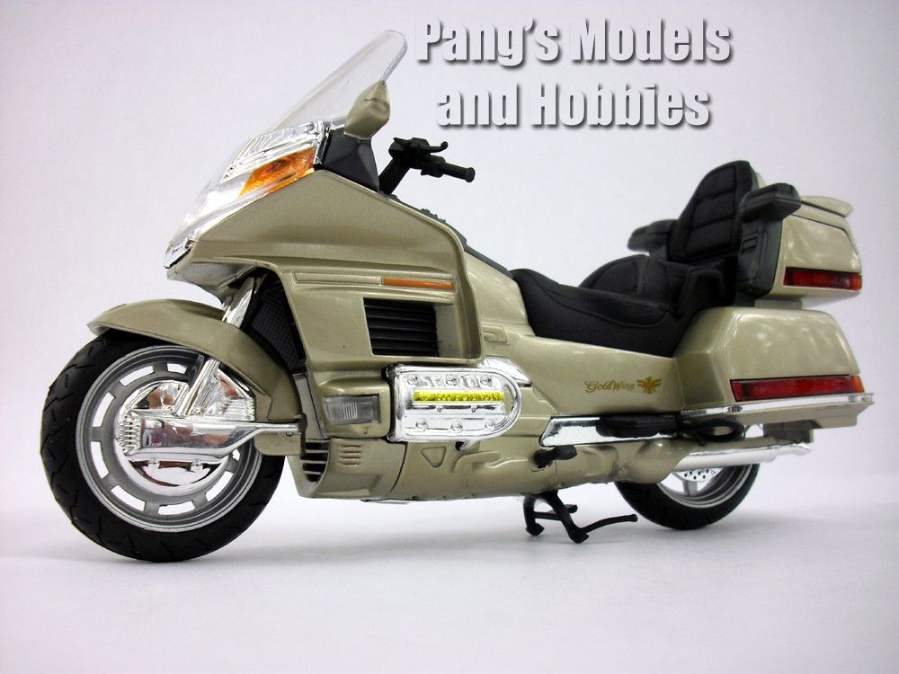 Honda Gold Wing (Goldwing) 1/12 Scale Model by NewRay ...