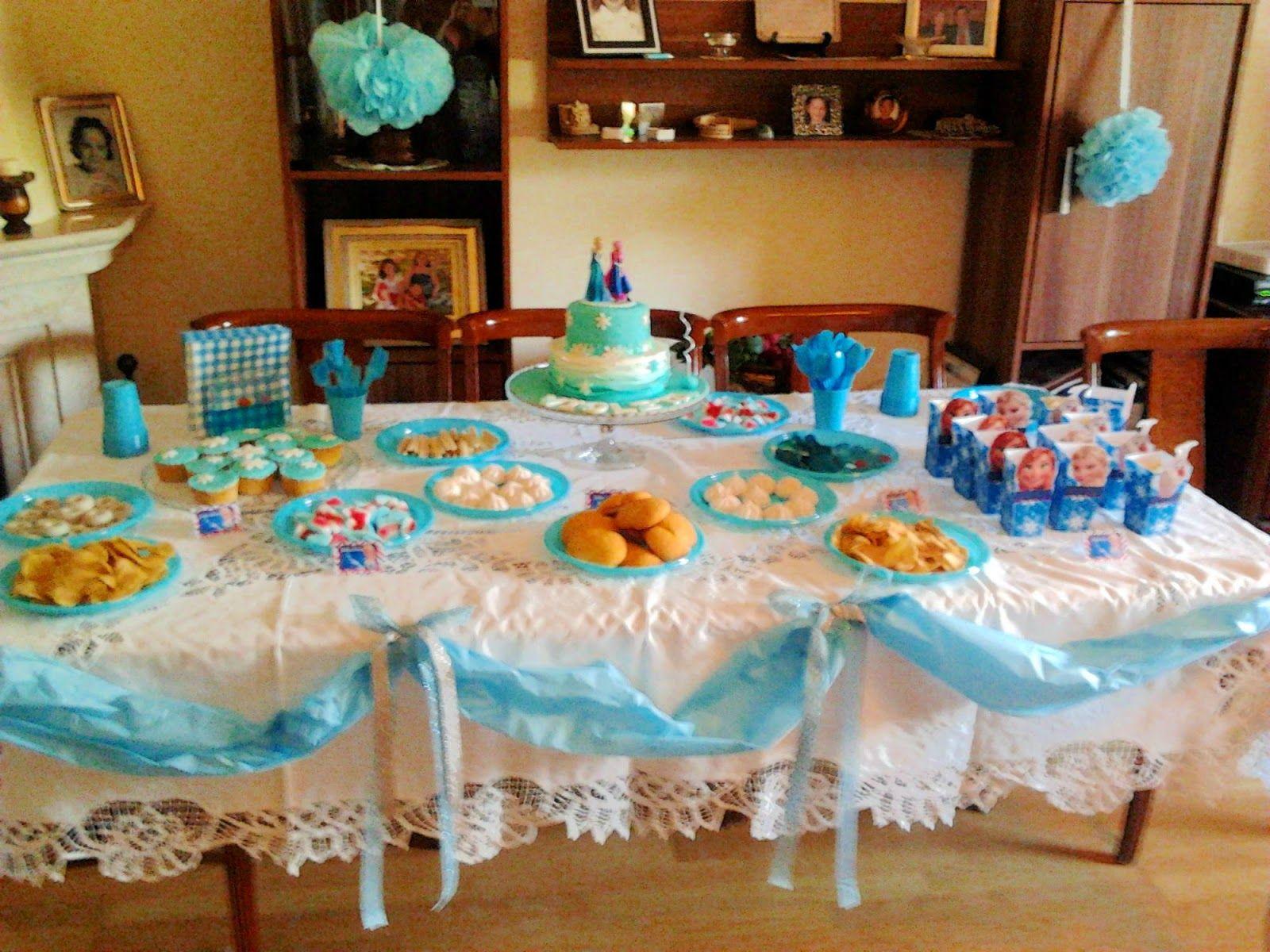 Mesa dulce de frozen mayvicake ideas para cumplea os for Ideas para arreglar mi casa