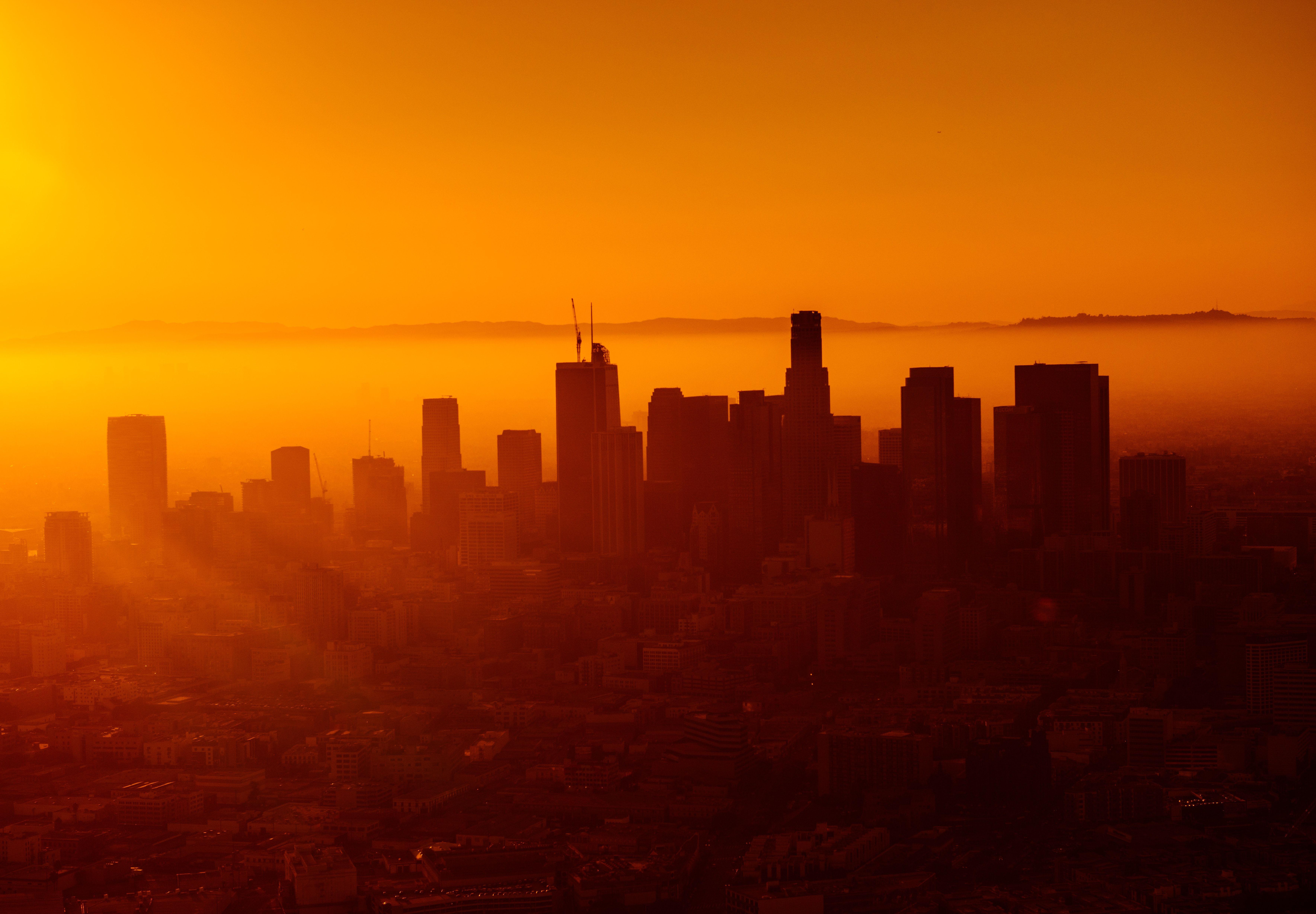 Silhouette Photo Of City Skyline Aesthetic Backgrounds Orange Aesthetic Silhouette Photos