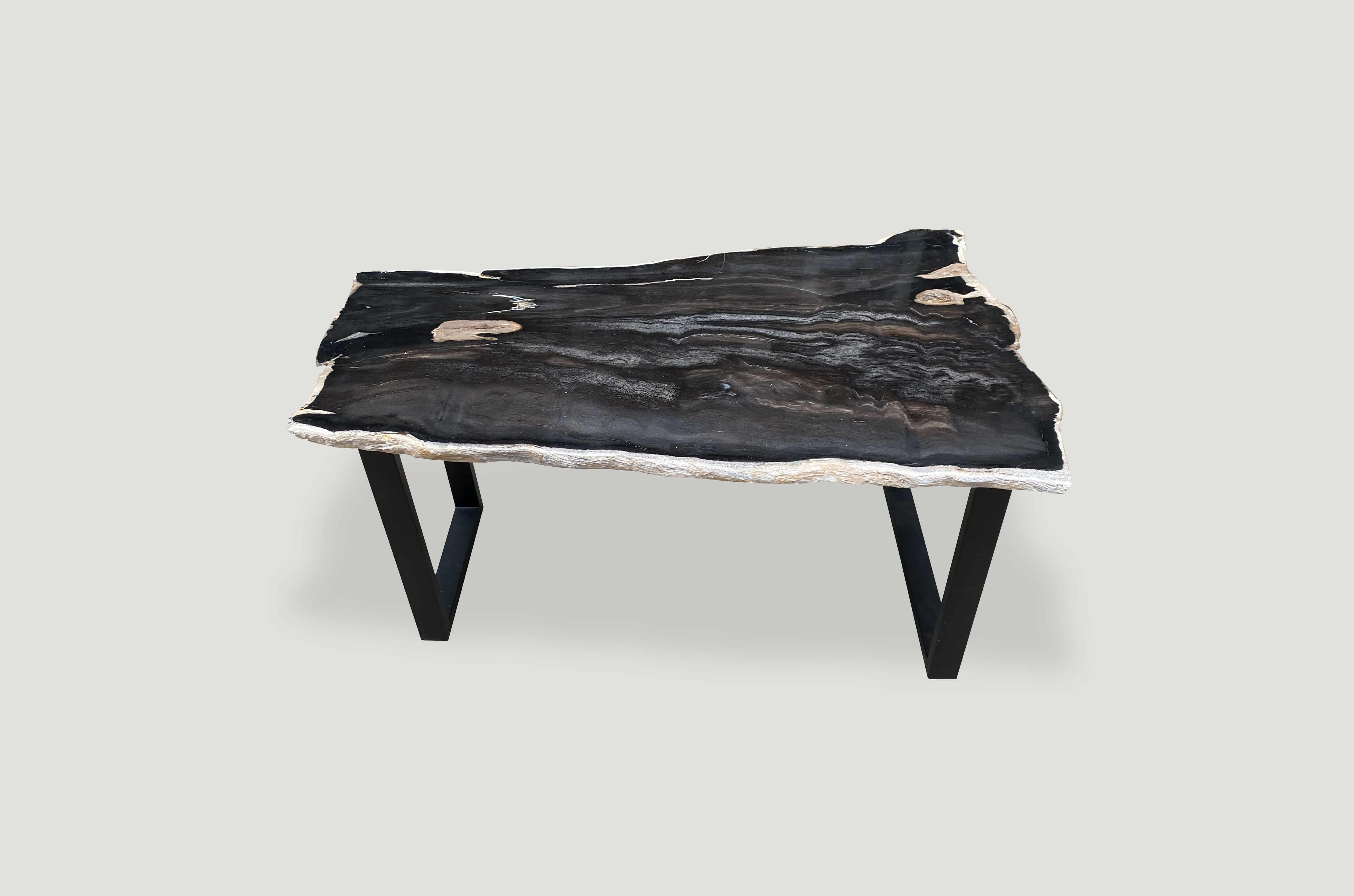 28+ White petrified wood coffee table trends