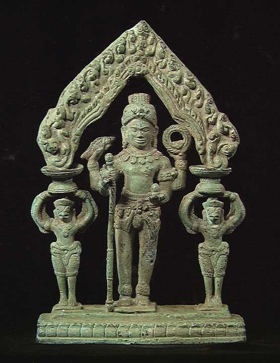 CHOICE KHMER BRONZE GROUP, Ca. 16th Century. The Central