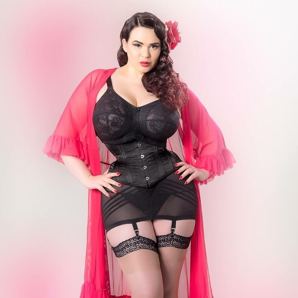 6434cdb7642 Model Lexy Lu looks dashing in her Elila Lace Softcup Bra and corset!   elila  elilafullfigure  bra  lingerie  fullfigure  plussize  fashion   selflove ...