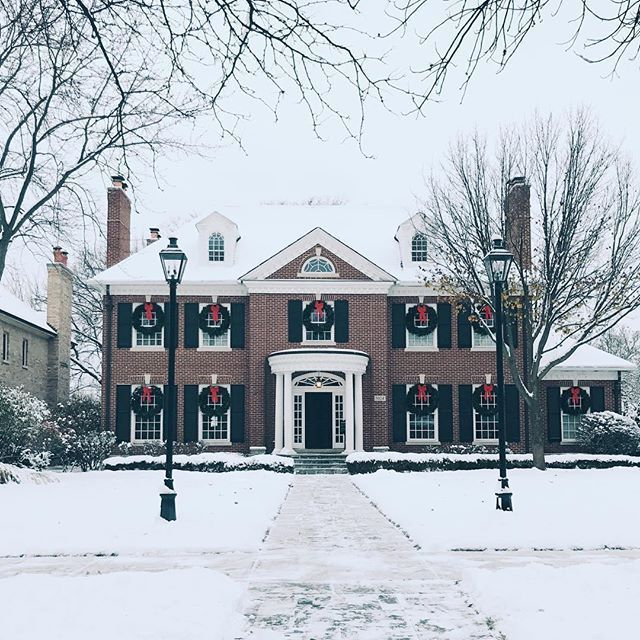 Southern Style Homes, Colonial House