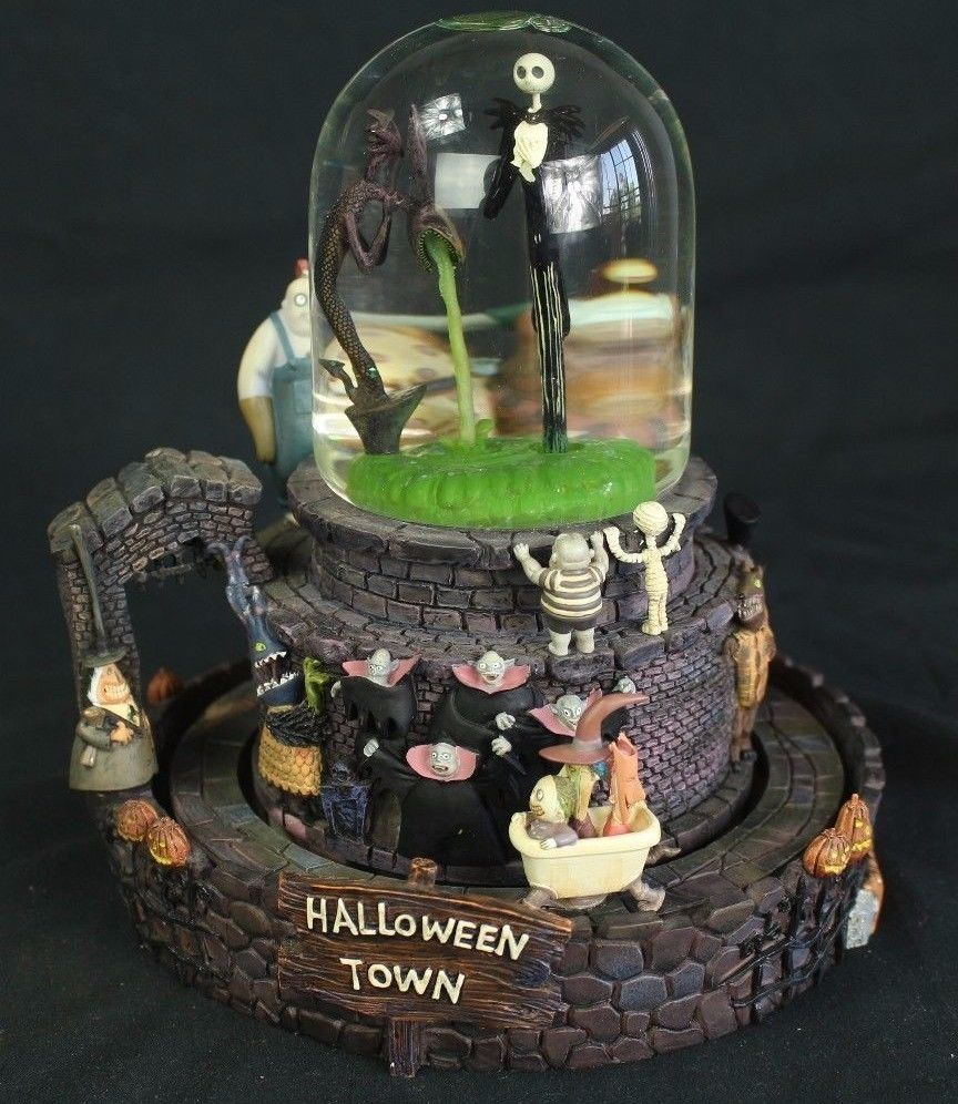 Nightmare Before Christmas Halloween Town Snow Globe | Reviewwalls.co