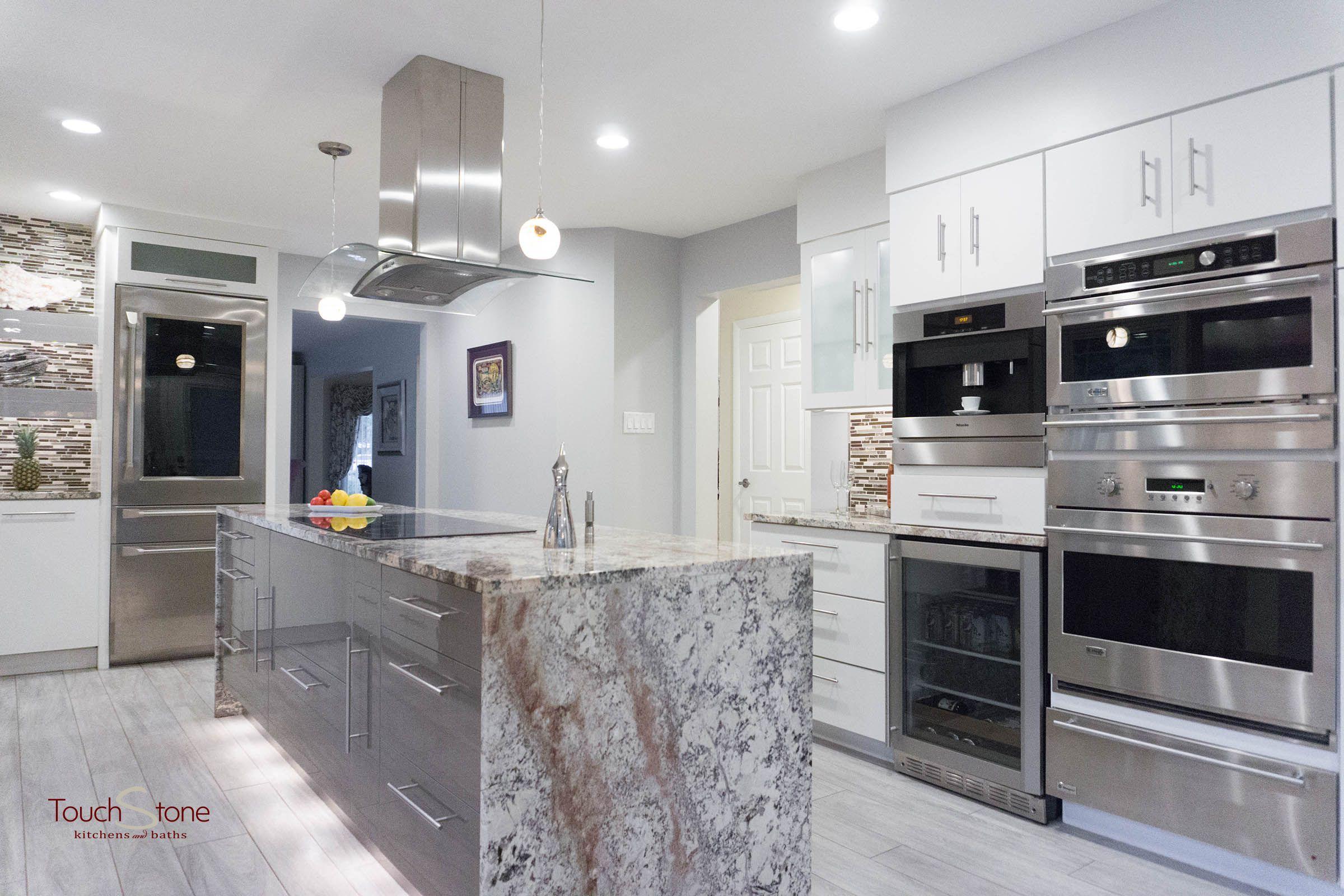 Rich Kitchen Customcabinetry Modern Kitchen Design Classic