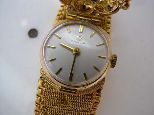 Estate Old Vintage Antique Genuine Omega 18k 18ct Gold Ladies Watch With Natural Fine Rubies Circa 19 Omega Watch Vintage Most Beautiful Watches Womens Watches