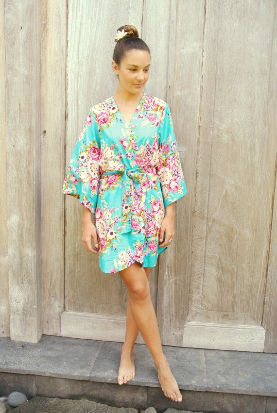 Robe rose et turquoise
