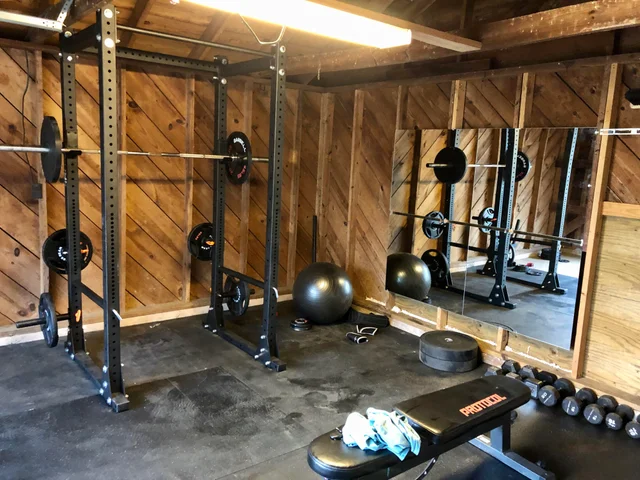 Welcome To R Homegym A Subreddit Devoted To Working Out At Home Island Gym Home Gym Home