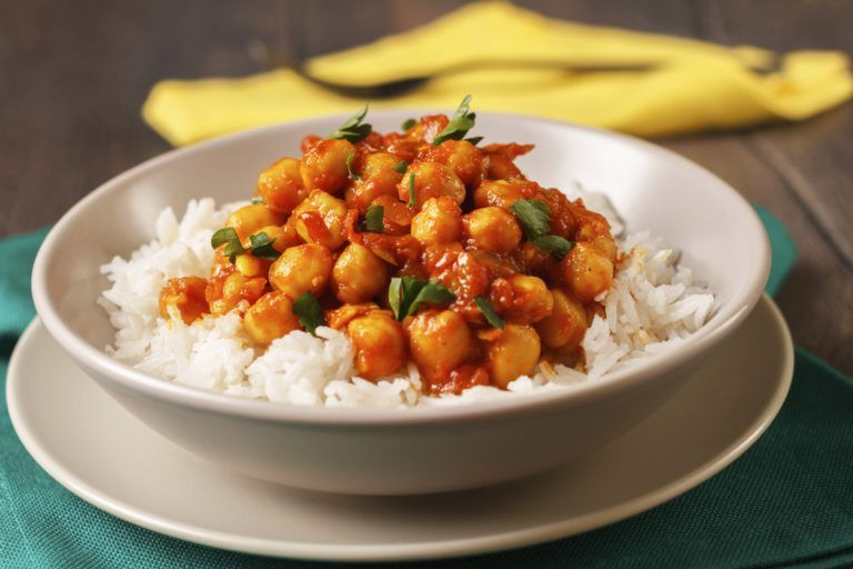 Syn Free Vegetarian Chickpea Curry | Slimming World Recipe | Fatgirlskinny.net | Slimming World Recipes & More