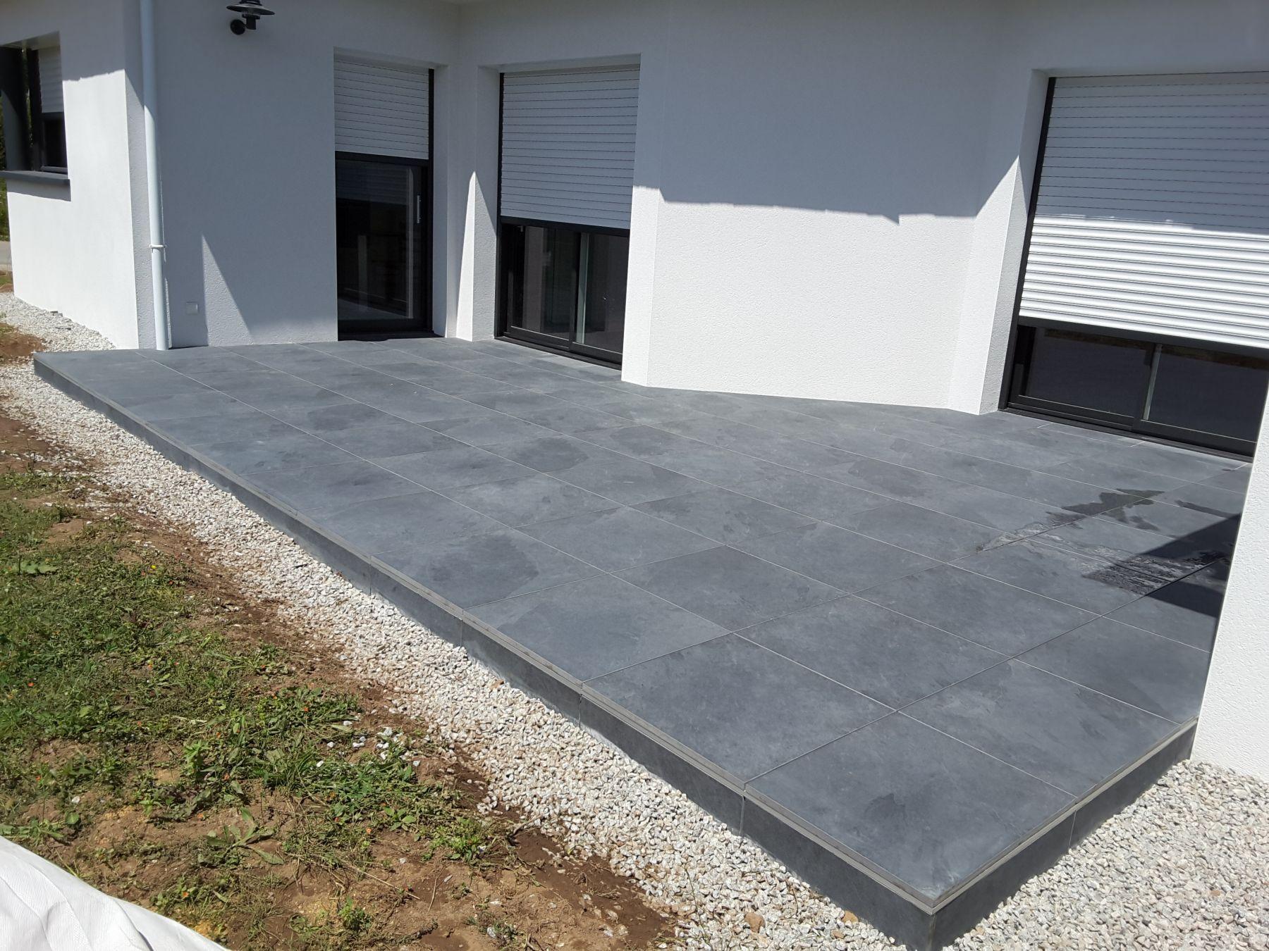 terrasse en carrelage awesome cration duune terrasse bton. Black Bedroom Furniture Sets. Home Design Ideas