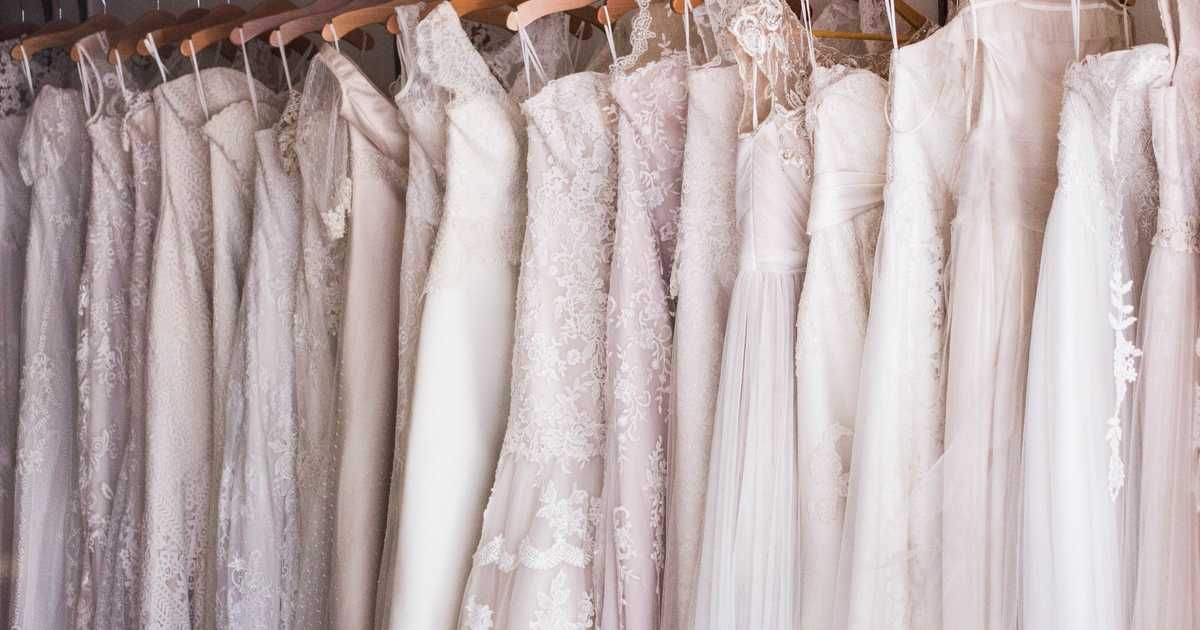 Montreals Fairmont Hotel Is Hosting A Massive Wedding Dress Sale With Gowns Up To 90% Off