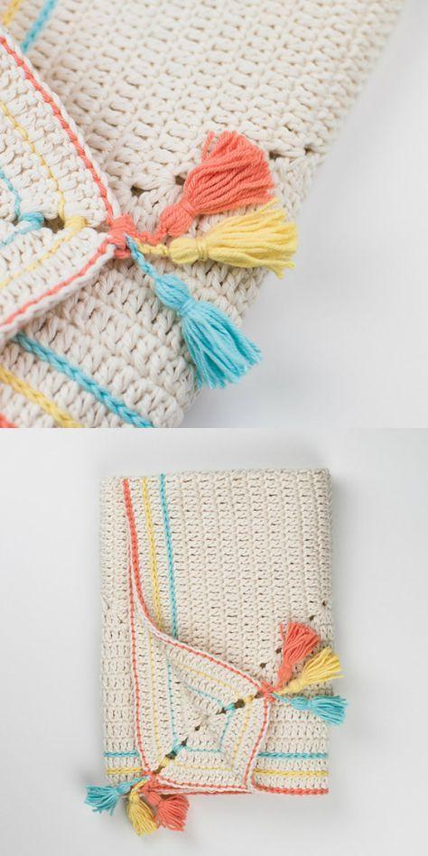 Classic Granny Square Blanket Free Crochet Pattern #babyblanket