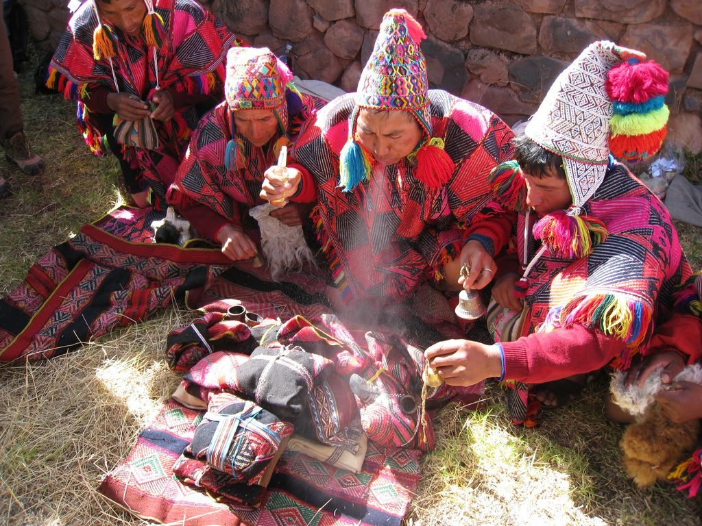 The Healing Mesa A World of Healing The Mesa in Peruvian