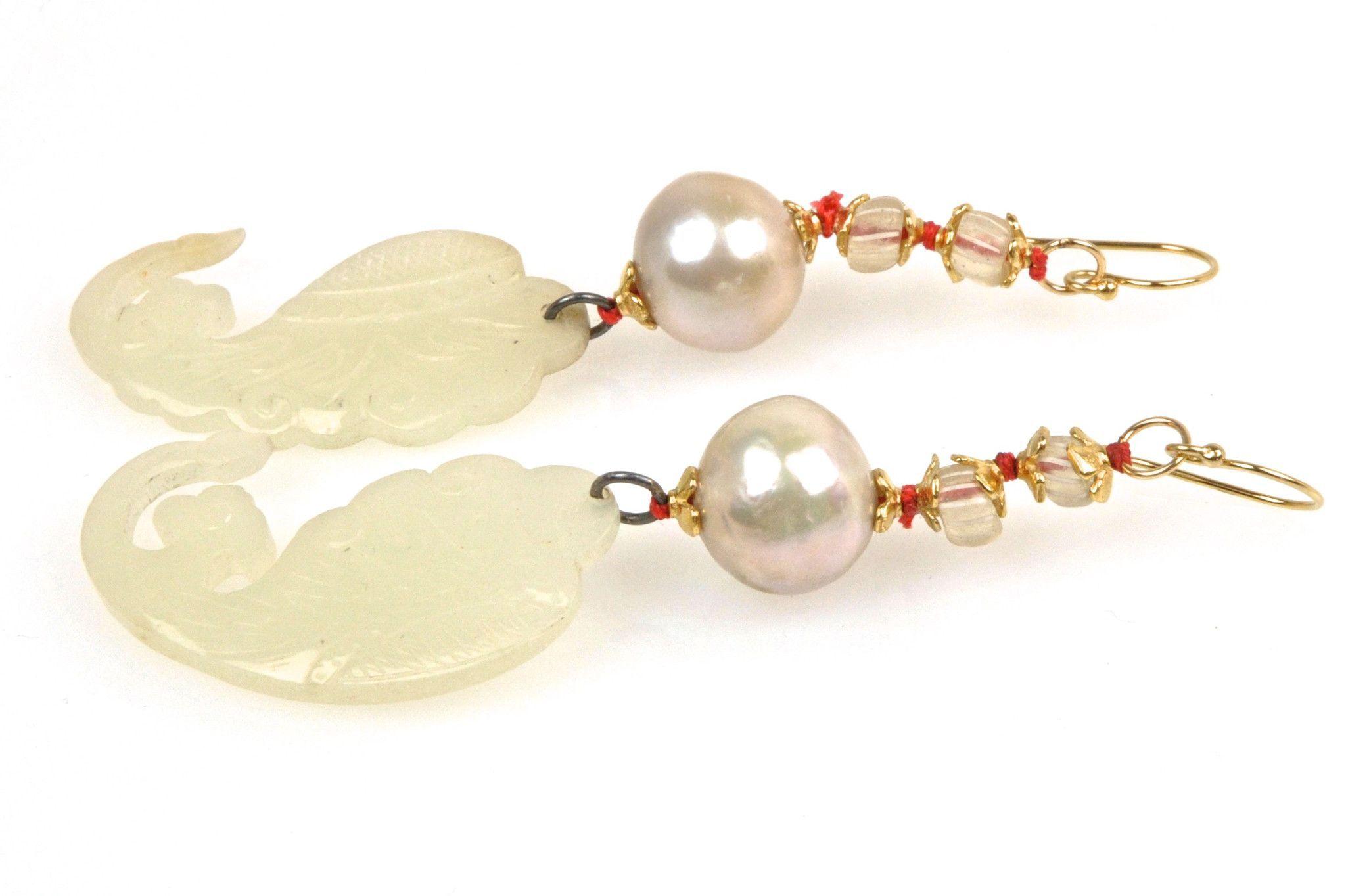 "white jade ""singing conch"" pearl earrings"