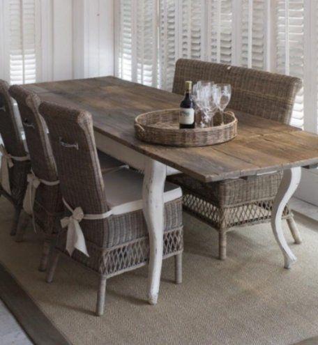 Ruokapöytä/ keittiönpöytä/ maalaisromanttinen