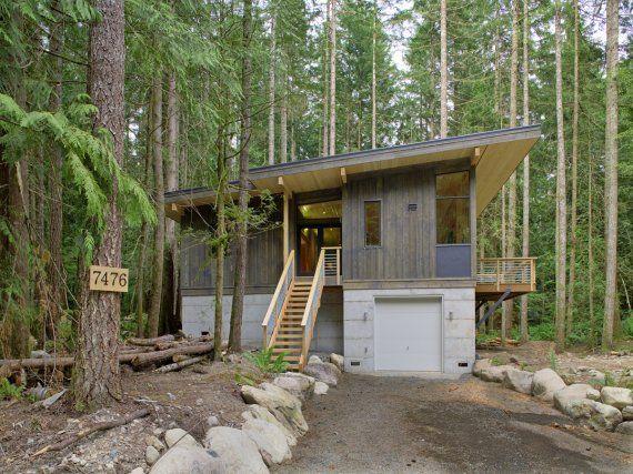 method homes completes its first prefab cabin. Black Bedroom Furniture Sets. Home Design Ideas