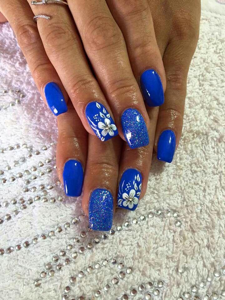 Blu fiori glitter Nailart Primaverile, Disegni Unghia, Decorazioni Unghie,  Unghie Con Fiori,