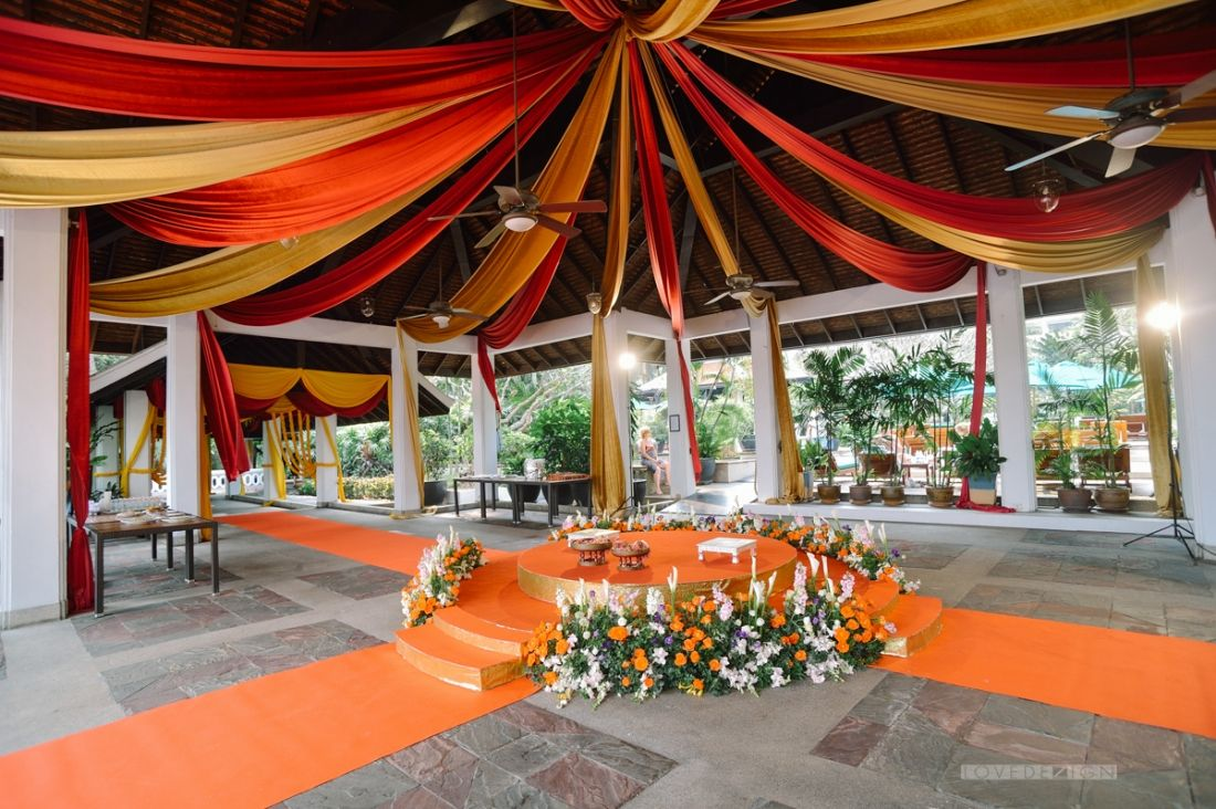 Indian colorful wedding decoration at anantara bangkok thailand indian colorful wedding decoration at anantara bangkok thailand junglespirit Gallery