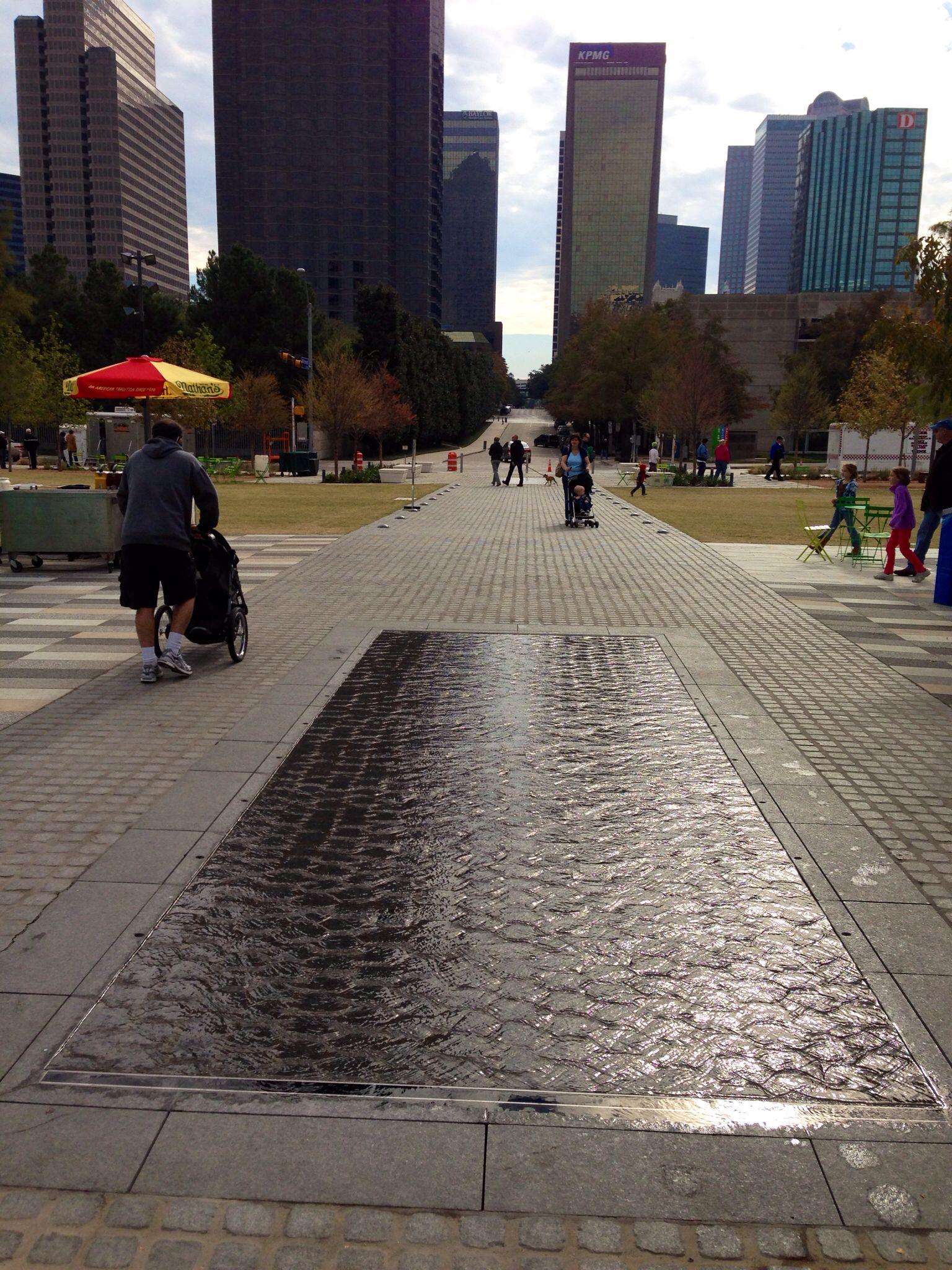 Water fountains dallas - Hart Boulevard Fountain Klyde Warren Park Dallas Texas Office Of James Burnett Modern Fountain