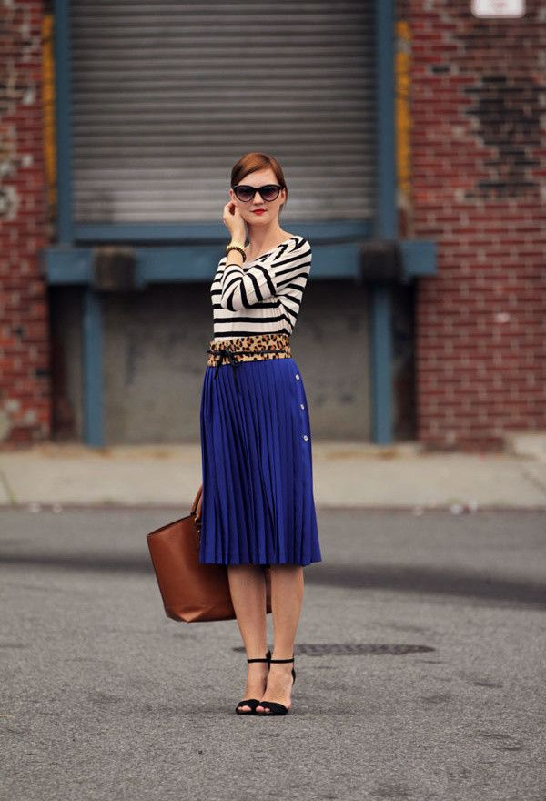 2e7e1870285  roressclothes closet ideas  women fashion Spring Outfit Idea with Pleated  Skirt. This outfit gave me the idea to wear ...