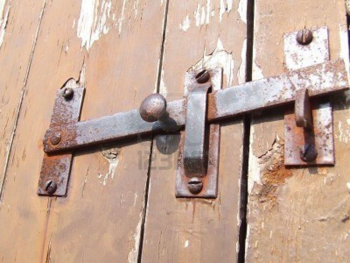 Old Rusty Latch On A Shed Door Stock Photo   854169