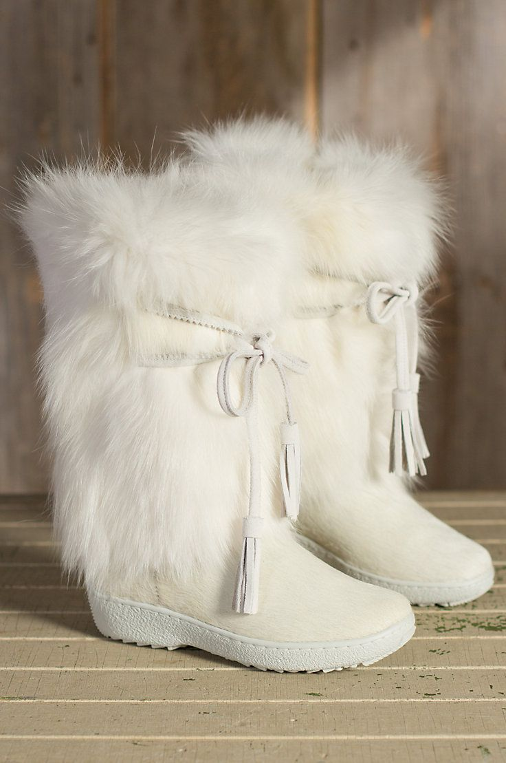 Women s Pajar Fox Trot Cowhide and Fox Fur Boots by Overland Sheepskin Co.  (style 55408) 6147c872a82e
